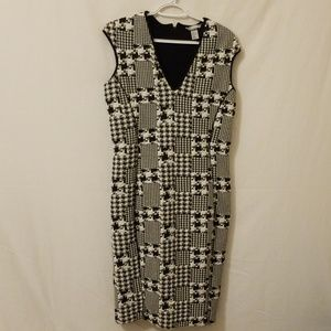 H & M Black and White Dress Size Large